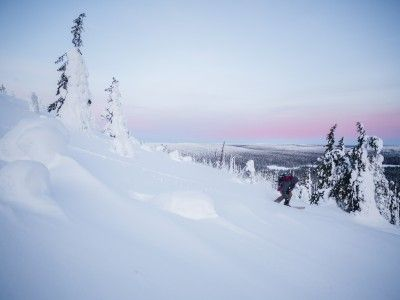 The outcrops of ancient hills in the Ylläs-Pallas and Pyhä-Luosto national parks are two of the many beautiful areas explored by arctic surf-seekers.
