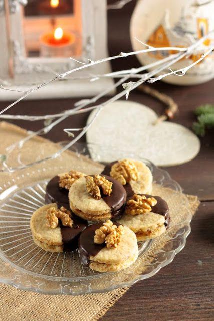 formine e mattarello: Biscotti alle noci