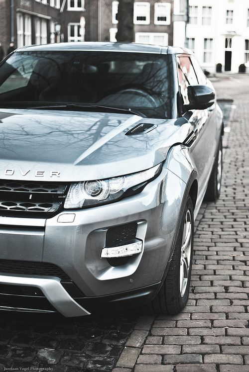 Range Rover Evoque....I WANT FOR MY BDAY!!!!!