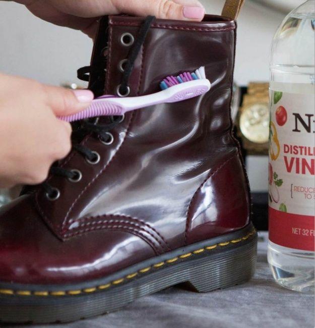 Отложите шопинг до лучших времен – мы нашли самые эффективные способы поддерживать обувь в идеальном порядке. С нашими бюджетными идеями любимые туфли прослужат вам не один сезон