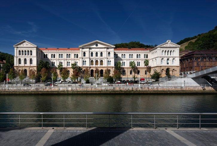 Universidad de Deusto www.bilbaoarchitecture.com