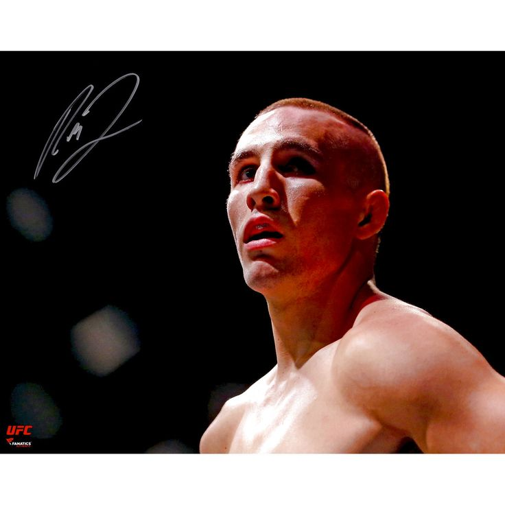 Rory MacDonald Ultimate Fighting Championship Fanatics Authentic Autographed 16'' x 20'' Close-Up In Cage Photograph - $52.24