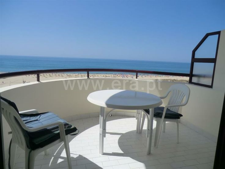 Flat T2 / Vila Real de Santo António, Monte Gordo - 2 bedroom apartment with 2 bathrooms on first line of beach of Monte Gordo. Completely fitted.