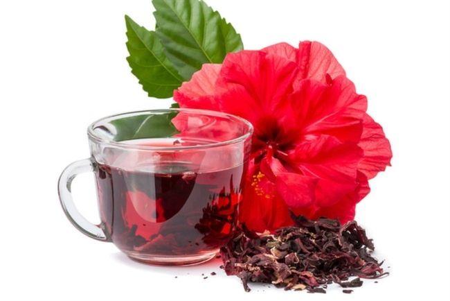 Bamya Çiçeği Çayı  Yerel adı ''Sorrel'' olan, 1700'lerden bu yana Jamaika, Trinidad ve Tobago'da yetiştirilen bamya bitkisi ve bu bitkiden yapılan yerel bir içecek. Bamya çiçeği, amber çiçeği veya gülhatmi olarak da bilinmektedir. Bamya çiçekleri şeker, tarçın çubuğu, karanfil, yenibahar ve zencefille birlikte kaynatılıp süzüldükten sonra, çocuklara buz, yetişkinlere ise rom ile servis ediliyor.