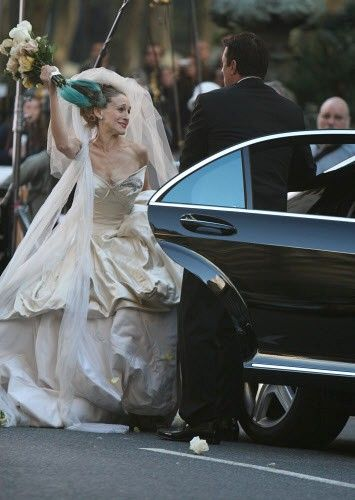 Carrie Bradshaw's Vivienne Westwood Wedding Dress Sells Out In Hours