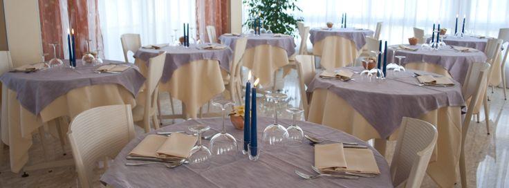 abbiamo scelto colori panna e lilla per la sala da pranzo...delicati come le tinte dell'hotel, raffinati come vogliono le nuove tendenze