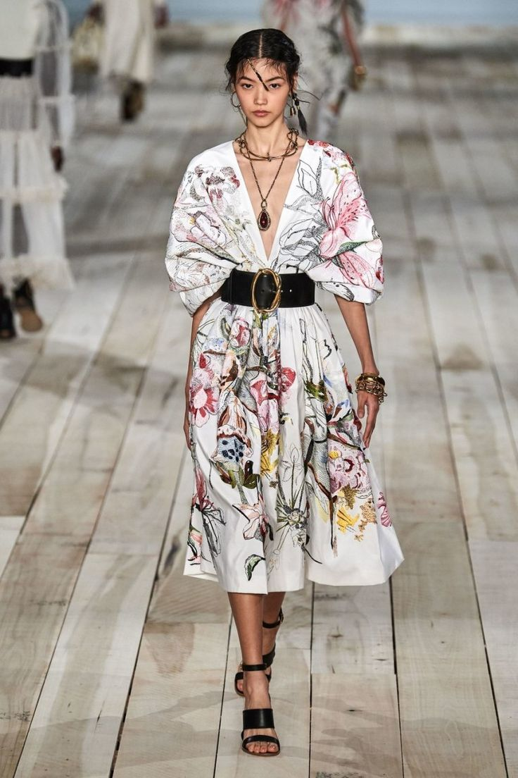 The Alexander McQueen Spring 2020 collection is what high fashion dreams are made of. Take a look at our favorite pieces from the runway.