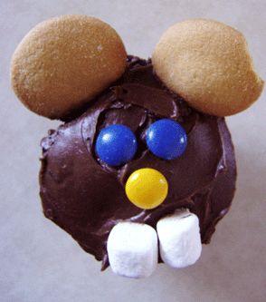 Groundhog Day cupcakes - love those marshmallow teeth!