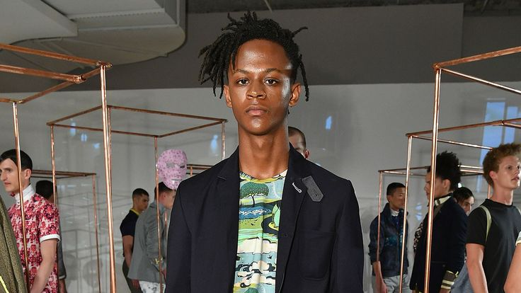 4:26 PM PDT 7/11/2017  by   Sam Reed       In case you missed it.  Shaq's Son Is a Model on the Rise [Pret-a-Reporter Inbox]There are so many celeb spawn models in Dolce & Gabbana's #DGMillennialsquad that we almost missed a big one: Myles B. O'Neal, son of Shaquille... #Fragrance #Jason #Launches #Model #Notes #Shaqs #Son #Style #Wu
