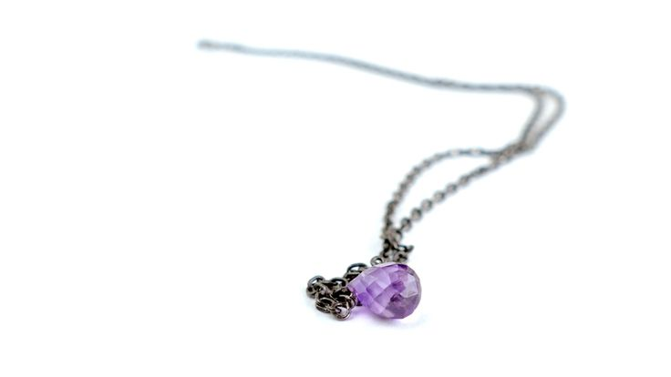 Necklace with a drop of Amethyst -Price:21€