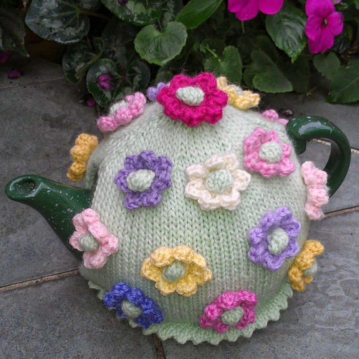 Make a tea cosy and enter into the Tea Cosy Competition to help raise money for the Cancer Council.