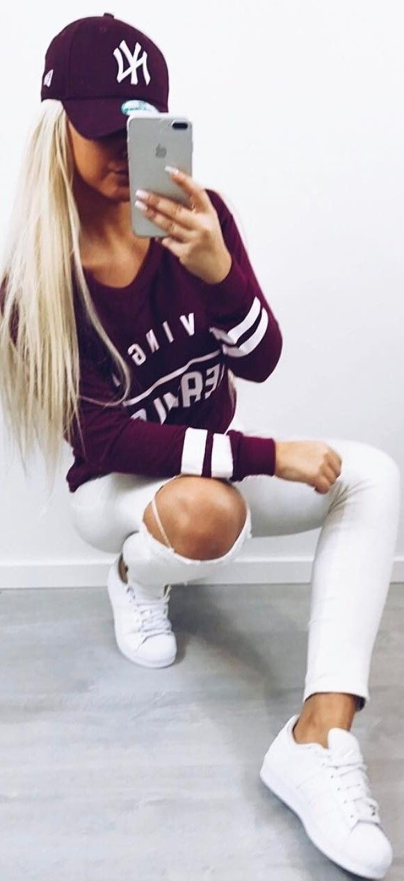 white and marron ootd idea top + rips + sneakers #omgoutfitideas #womensfashion #casual
