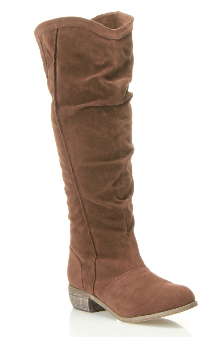 Great looking boots! If they don't stay up on your leg, try MyBootUps.com