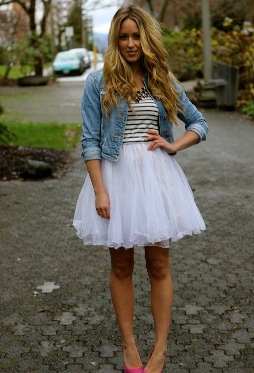 Spring / Summer - street chic style - party look - white tulle skirt + navy and white stripped top + denim jacket + red or pink stilettos