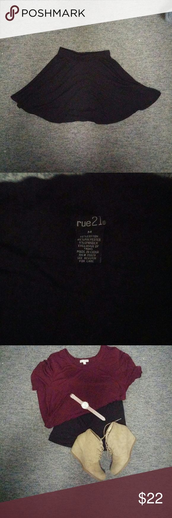 Black circle skirt, medium Skater skirt, all black. Great condition. Rue 21 Skirts Circle & Skater