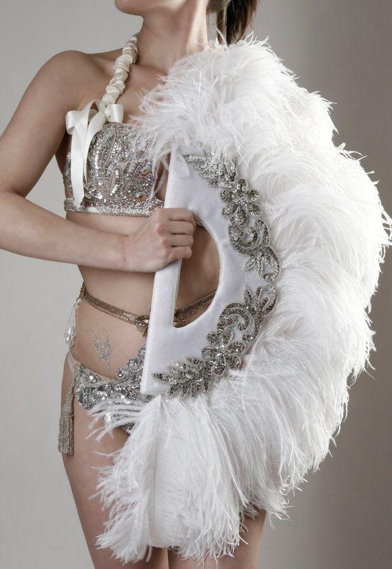 Burlesque Feather Fans by Talulah Blue par Talulahblueburlesque, £150.00