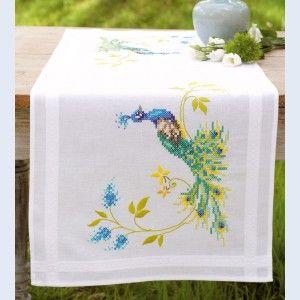 """Lopertje in kruissteek """"Peacock with Flowers"""" om te borduren op voorgedrukte stof"""