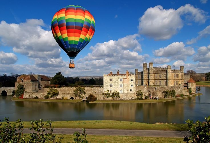 With The Beautiful Yorkshire Countryside: The Leeds Castle In England