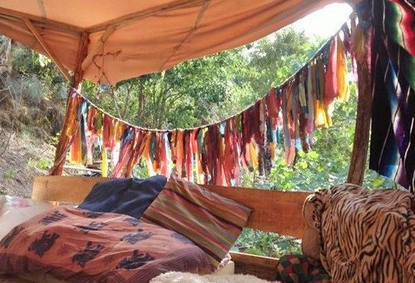 Bohemian Gypsy Rainbow Bunting Rag gordijnen. One of a Kind.