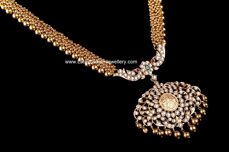 Muvvala Haram Diamond Pendant