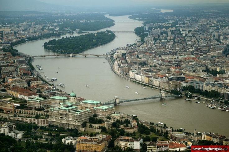 Budapest   Flood 2013. Aerial Photostream. credit: Lánglovagok. Follow on Fb https://www.facebook.com/BudapestPocketGuide & on Google+ @ https://plus.google.com/115990222400409382986/posts  #budapest #flood #aerial