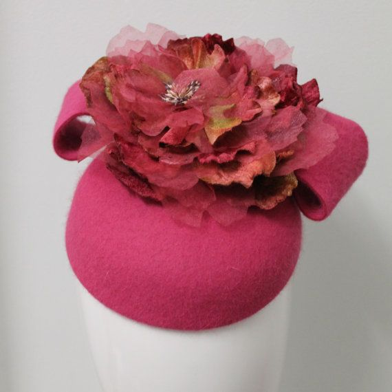 Pink fur felt pill box with velvet organza by WendyLouiseVintage