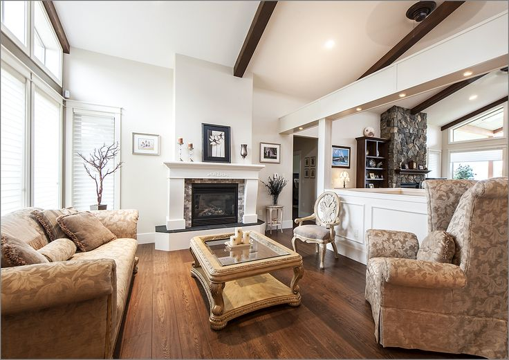 We create inviting Living Rooms for your family and guests to enjoy!