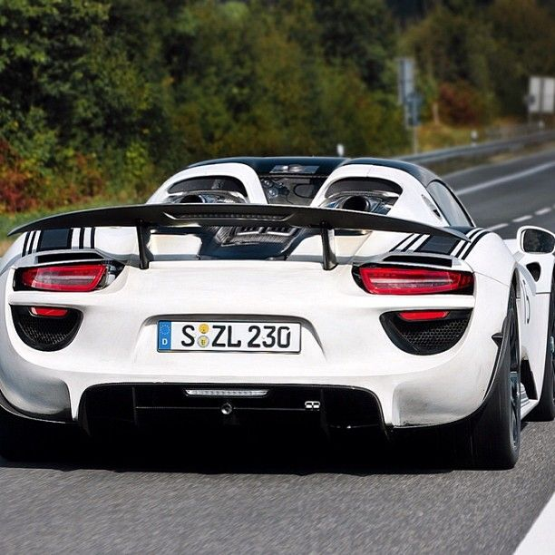 Canon EOS 400D, Porsche 918 Spyder, #Supercar #Porsche 2007 Acura TL Type S Navigation, #AutomotiveDesign #PerformanceCar Bumper - Follow #extremegentleman for more pics like this!