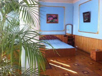 Снять квартиру № 976 в Ялте, Conerunt.ru