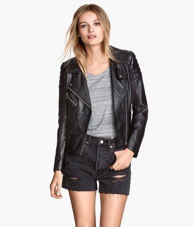H&M Denim shorts €19,99