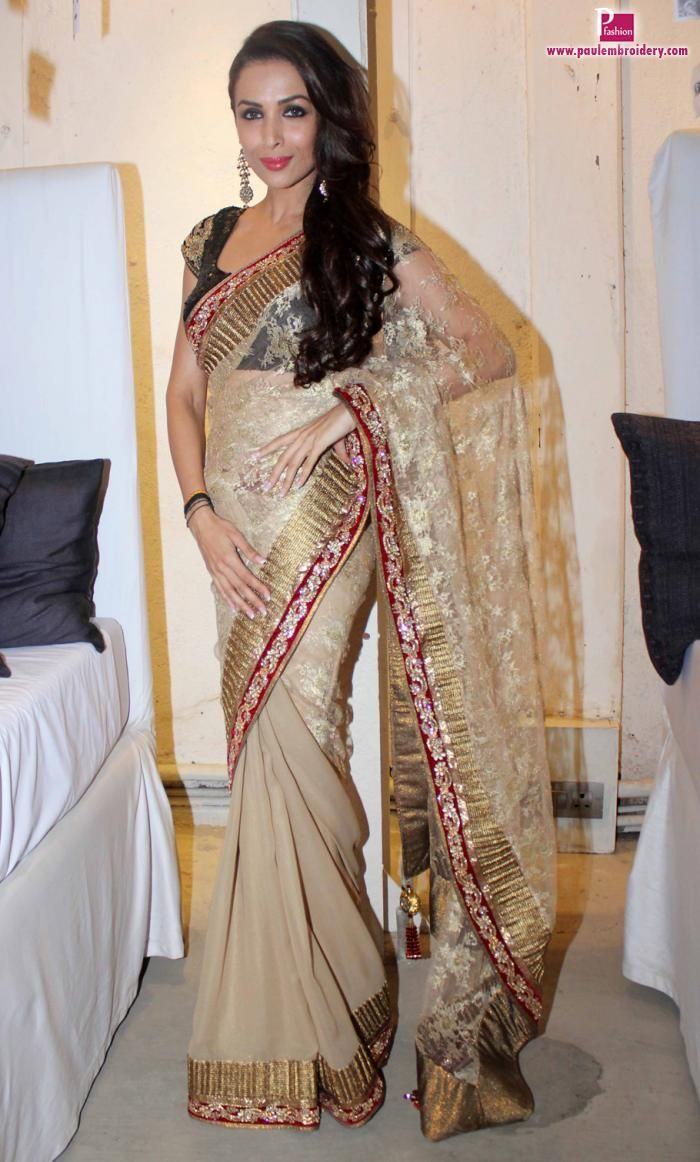 Malaika Arora Khan in Golden Sari at Blenders Pride Fashion Tour 2013