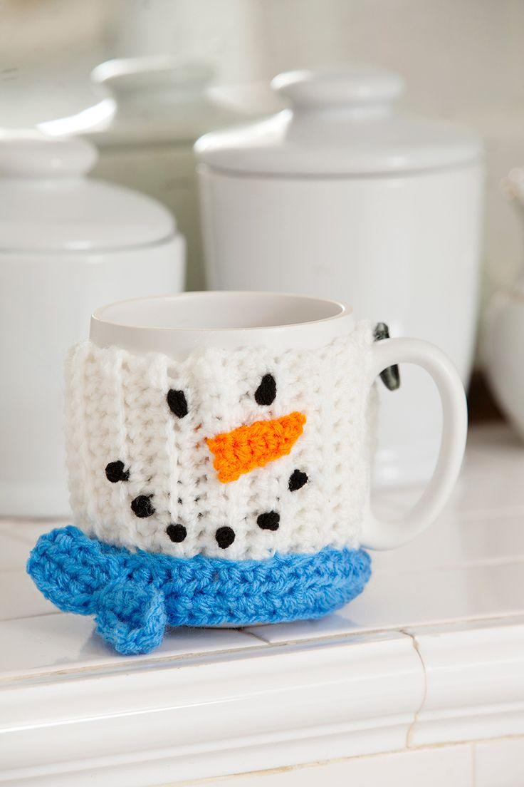 ¡Disfruta con un chocolate caliente!Este cubre tazas es una buena idea para regalo y esta hecho con estambre de fácil cuidado que se puede lavar y verse bien por mucho tiempo.