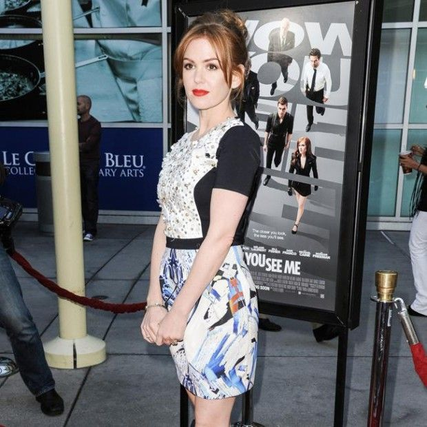Isla Fisher is pregnant http://makemyfriday.com/2014/10/isla-fisher-is-pregnant/ #News, #showbiz