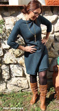 .. nach einem schlichten Schnitt, welcher aber an mir perfekt sitzt. Der neue Schnitt Lillesol & Pelle Women No.22 Ein Kleid mit Uboot - ...