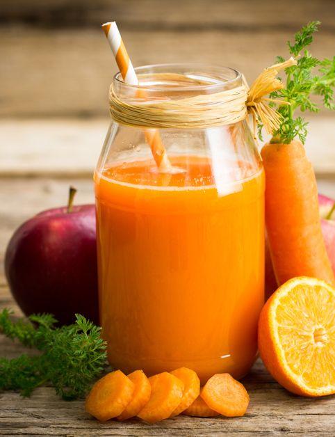 JABLKOVO-POMARANČOVO-MRKVOVÁ ŠŤAVA (mrkva, pomaranč, jablko, ananásová šťava...)