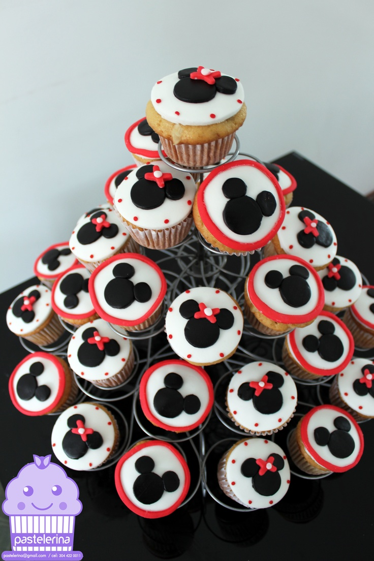 Mickey and Minnie Mouse cupcakes | Pastelerina | Pinterest ...