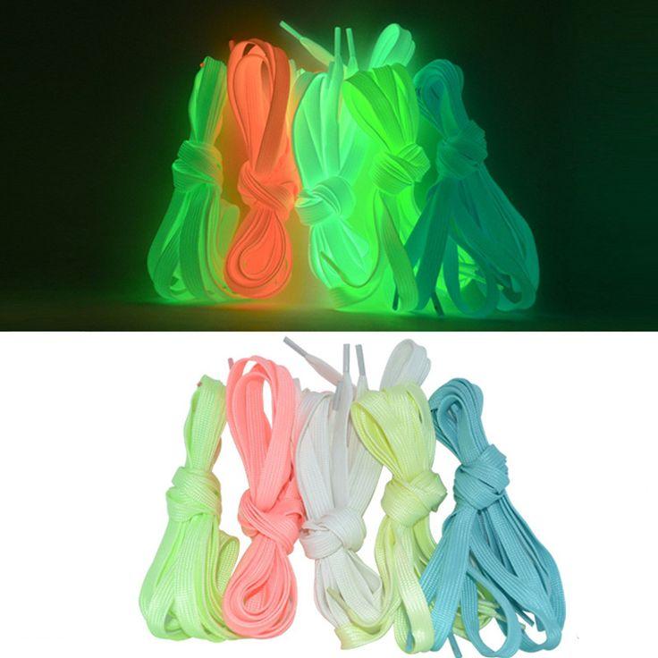 1 Paire 1.2 m Lumineux Lacet Plat Coloré Lacets Lueur dans Le Foncé Fluorescent Athletic Chaussures Partie Camping Lacet