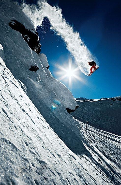 #snowboarding #snowboarder #snowboard http://snowboarding.transworld.net/photos/wallpaper-wednesday-18/