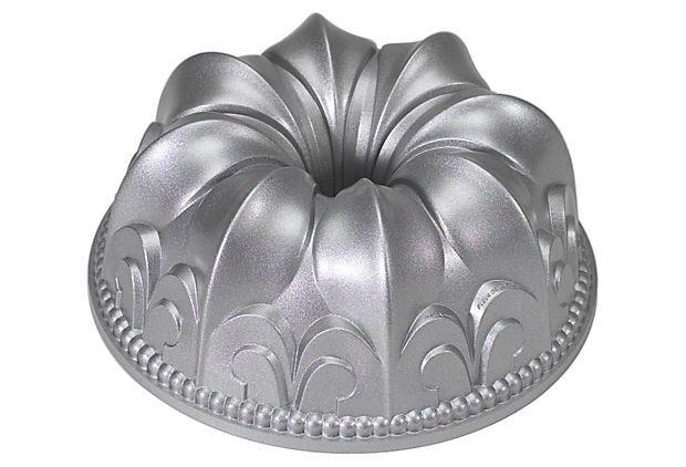 One Kings Lane - Bon Appétit! - Fleur-de-Lis Bundt Pan