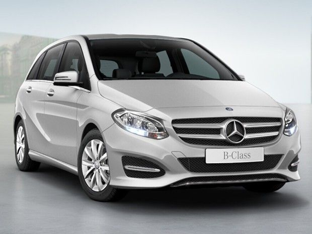 Mercedes lança minivan B200 renovada por R$ 128.900 +http://brml.co/1aDOcNN