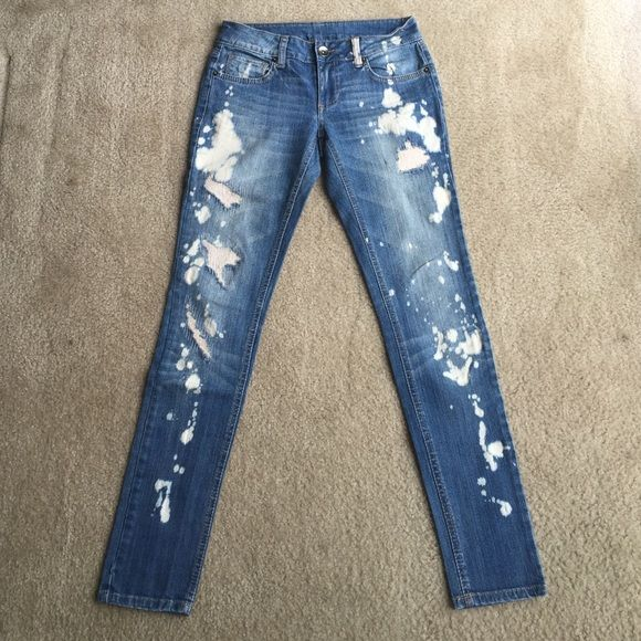 Best 20  Bleaching Jeans ideas on Pinterest | Bleach tie dye ...