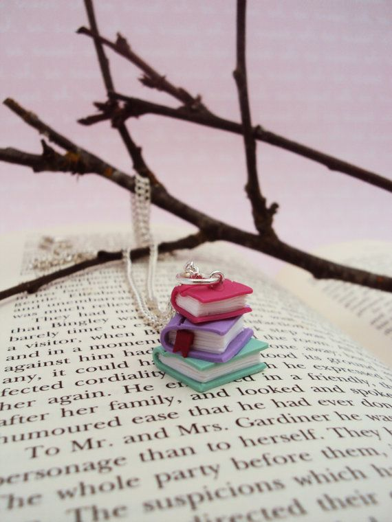 Stacked Books Necklace Polymer Clay Miniature by MyMiniMunchies. Book Necklace. Polymer clay necklace. Miniature book. Super cute!