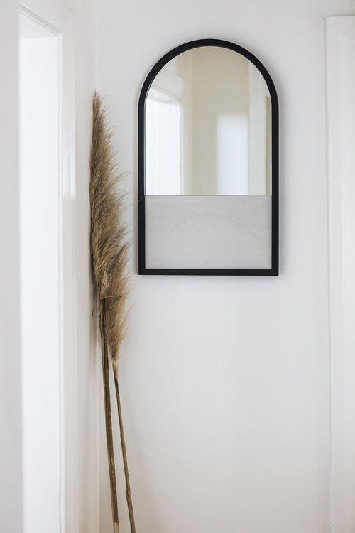 Half Mirror / White