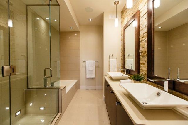 Verblender Naturstein schmal Bad ohne Fenster