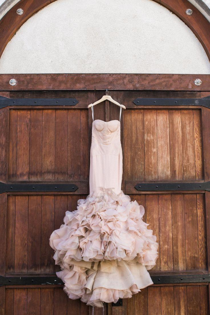 Blush mermaid wedding dress: Photography: Jasmine Lee - http://jasmineleephotography.com/