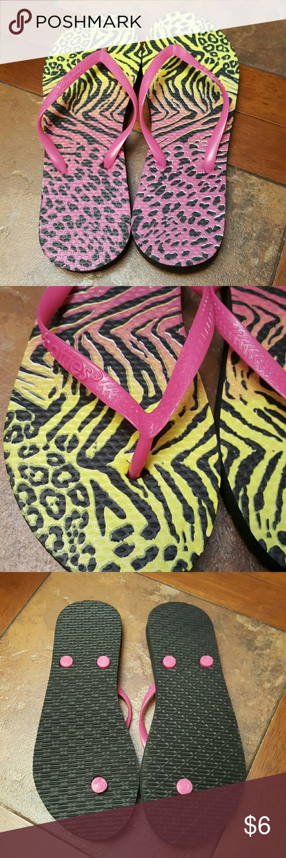 Animal Print Flip Flops Brand New  Size 7-8 Chatties Shoes Sandals