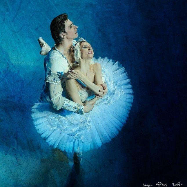 "Svetlana Zakharova Светлана Захарова and Andrey Uvarov Андрей Уваров, ""Swan Lake"", Bolshoi Ballet at Mariinsky Theatre"