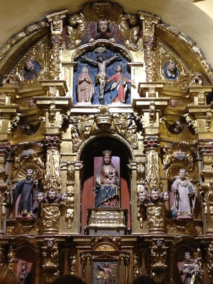 Retablo de Santa María de Lebeña, en Cantabria.