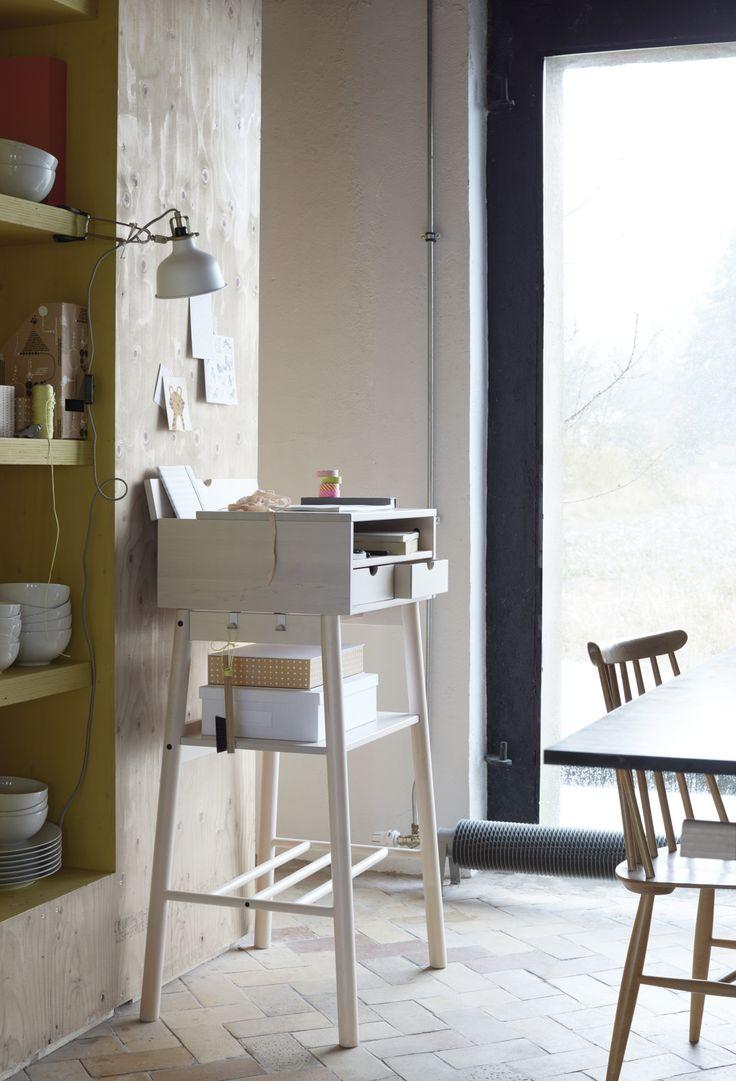 Meer dan 1000 ideeën over Laptoptafel op Pinterest - Laptopbureau ...