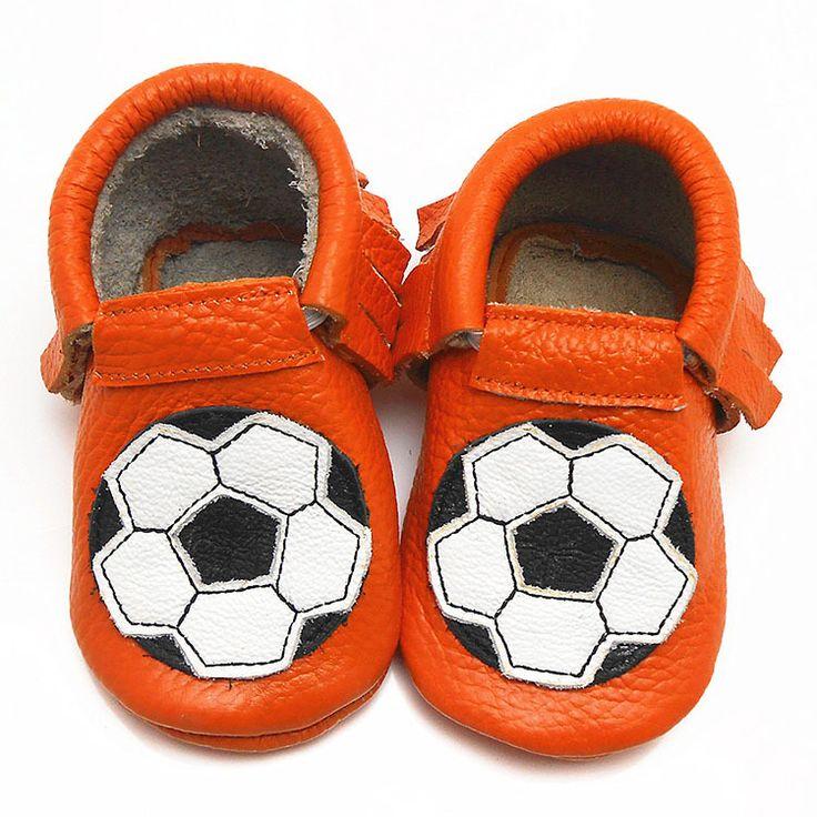 Sayoyo Дешевые Мальчик Обувь Футбол Натуральной Кожи Детские Мокасины Мягкий Конструктор Prewalker Тапки Малышей Детская Кровать В Обуви